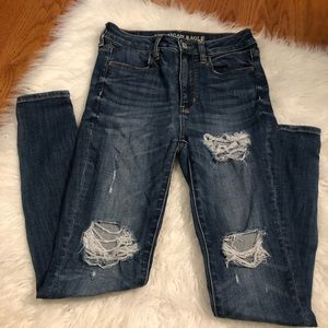 American Eagle Distressed Super High Rise Jeggings